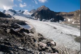 Le glacier de Gébroulaz et l'aiguille de Péclet.