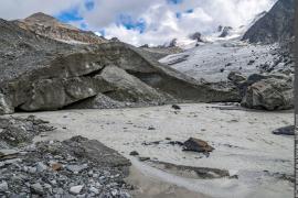 Eaux de fonte du glacier de Gébroulaz donnant naissance au Doron des Allues.