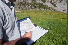"""Implantation d'une ligne de suivi pour le protocole """"Évaluation de la ressource pastorale"""""""