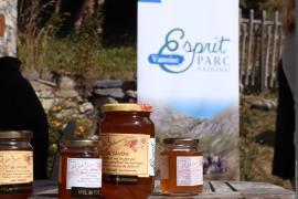 Miel marqué Esprit parc national de l'apiculteur Klébert Silvestre